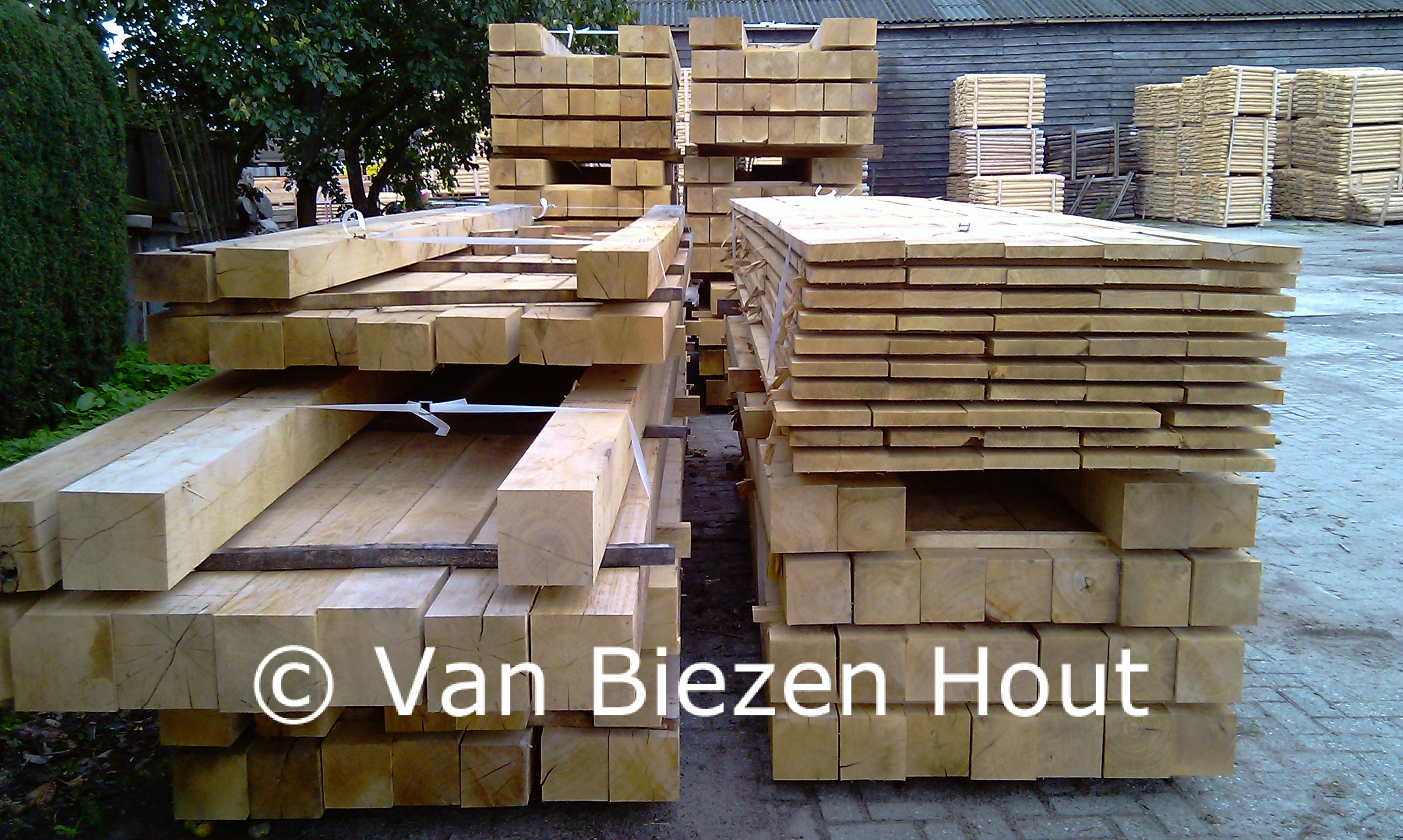 Eiken balken en planken eiken houten balken